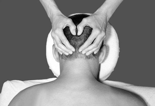 Massage crâne, nuque & épaules